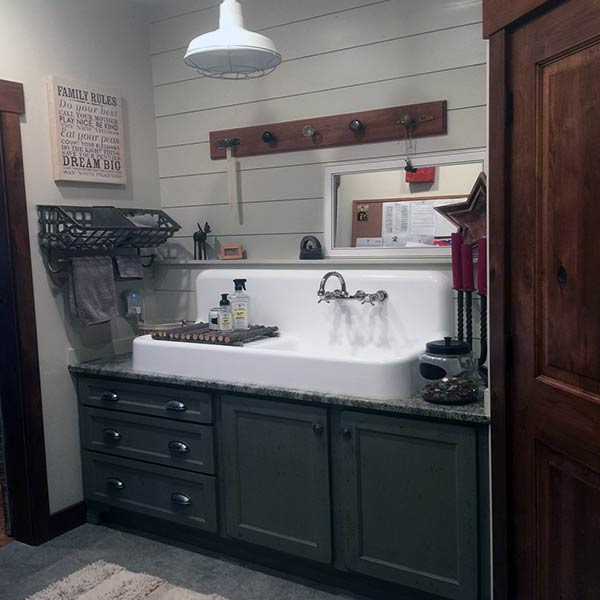 4 West Kitchen Bathroom Mud Room Wall Beds Cabinentry Design Studio